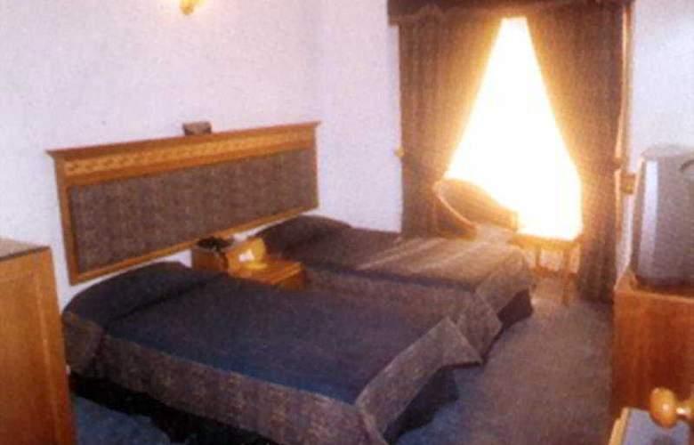 Lamba's House - Room - 1