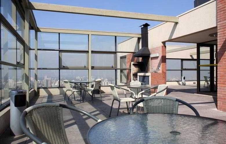 Monarca Hoteles Las Condes - Terrace - 11