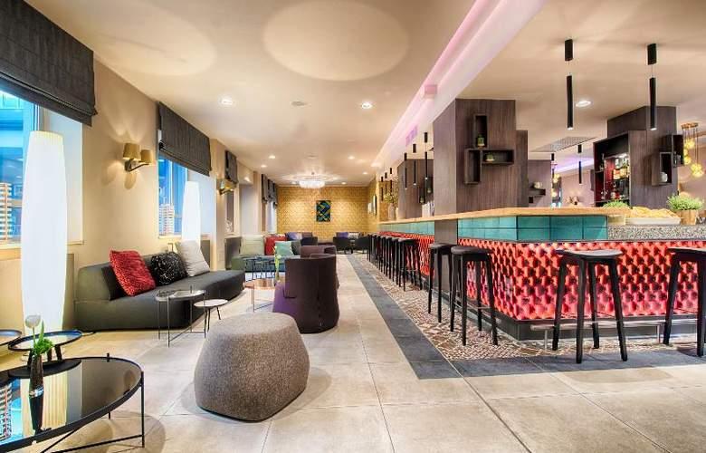 NYX Madrid - Bar - 4