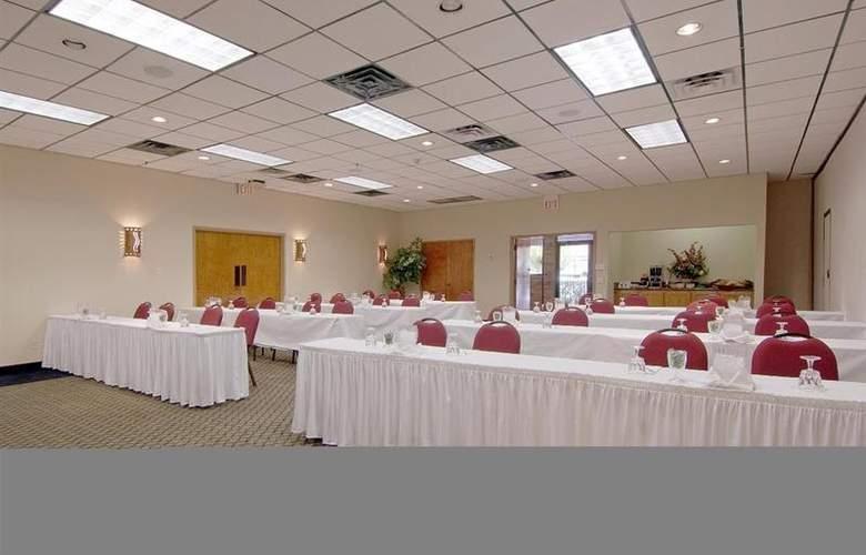 Best Western Saddleback Inn & Conference Center - Conference - 104