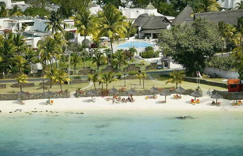 Casuarina Resort & Spa - Beach - 7