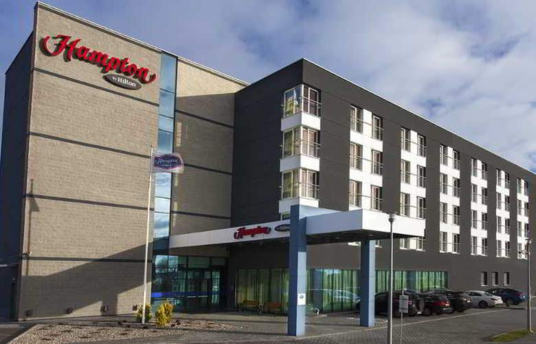 Hampton by Hilton Gdansk Airport - Hotel - 0