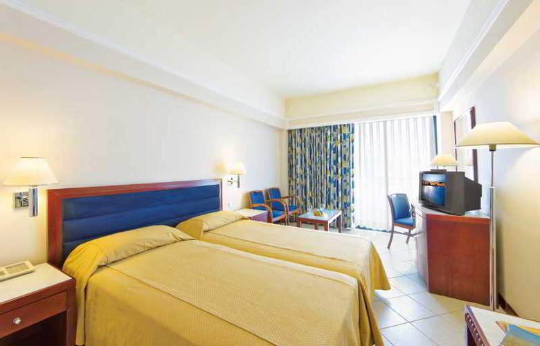 Mediterranean Hotel - Room - 14