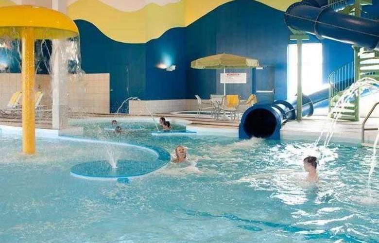 Fairfield Inn & Suites Winnipeg - Hotel - 6