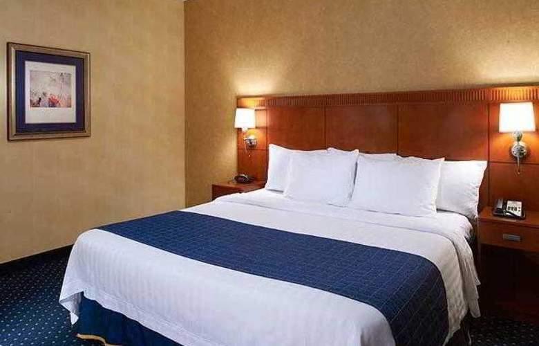 Courtyard Chicago Waukegan/Gurnee - Hotel - 4
