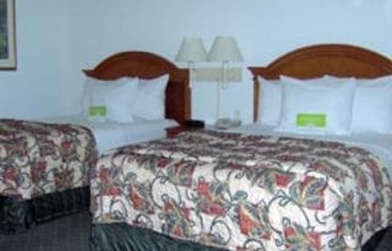 La Quinta Inn & Suites Dallas/North Central - Room - 6