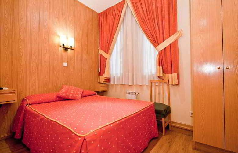 Oporto - Room - 33