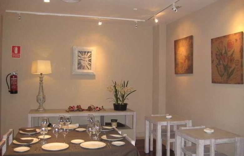 Altora - Restaurant - 12