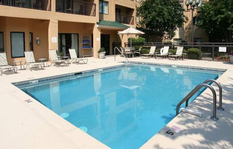 Courtyard Charlotte Matthews - Pool - 24