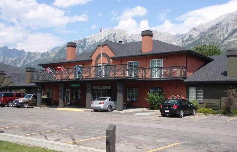 Econo Lodge - Canmore Mountain Lodge - Hotel - 0
