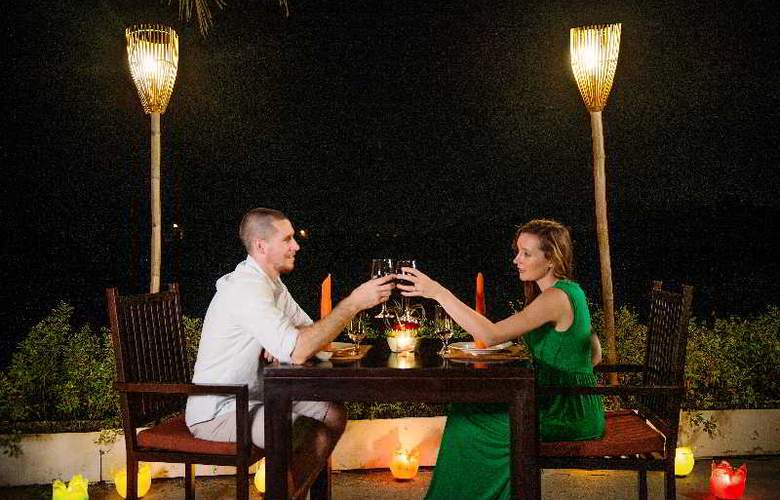 Hoi An Beach Resort - Restaurant - 25