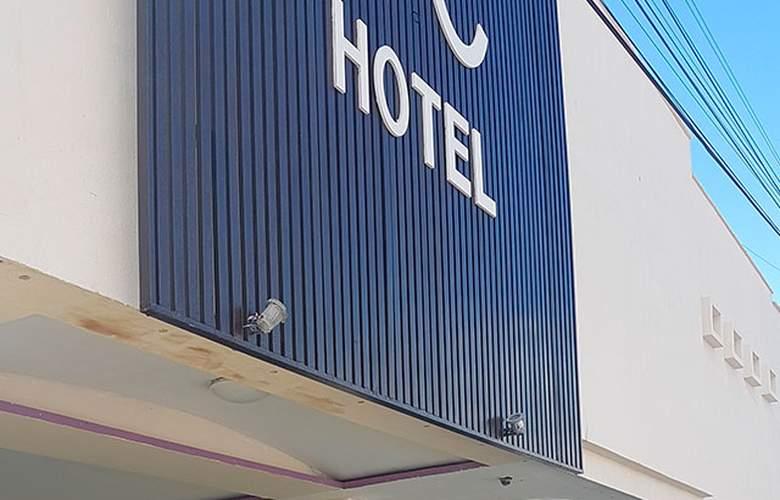 HC Internacional - Hotel - 0