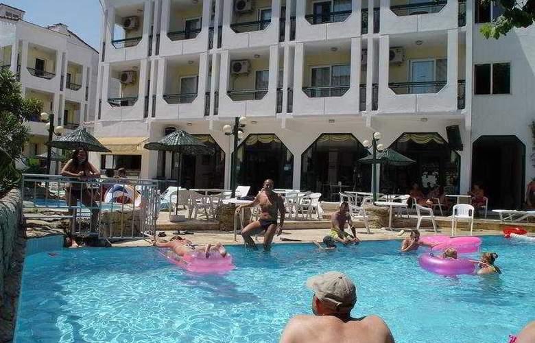 Irmak Hotel - Pool - 6