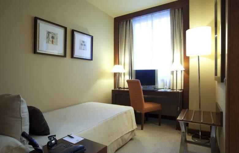 Nuevo Madrid - Room - 16