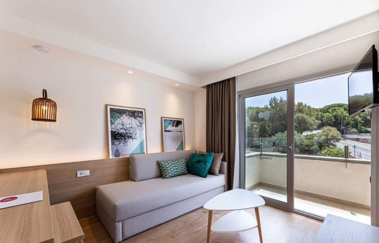 JS PortoColom Suites - Room - 16