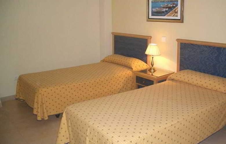 Las Arenas - Room - 2