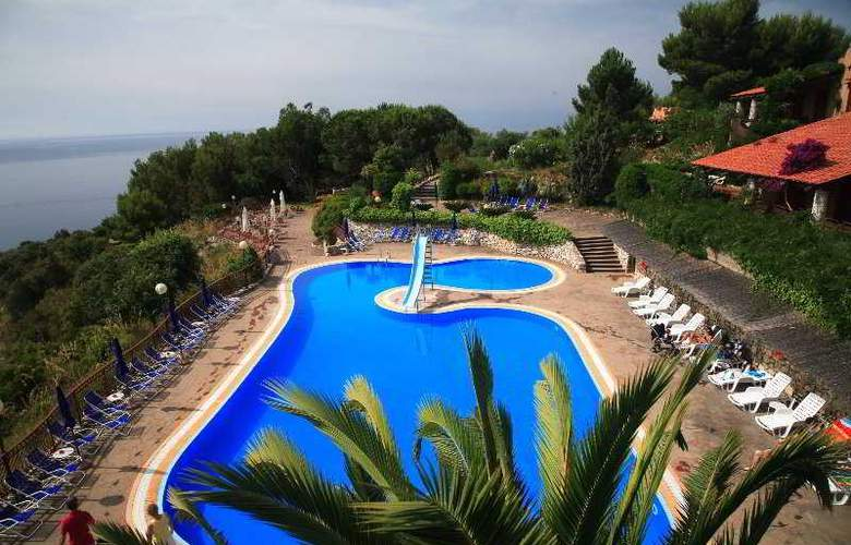 King's Residence - Pool - 2