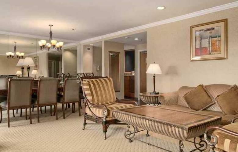 Hilton Newark/Fremont - Hotel - 3