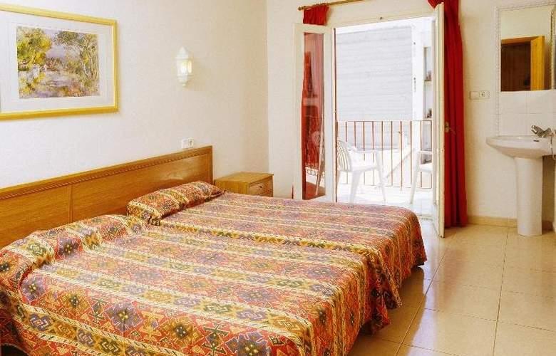 Hostal Ferrer - Room - 1