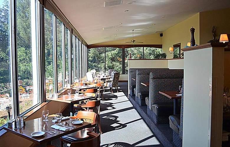 Best Western Plus Agate Beach Inn - Restaurant - 99