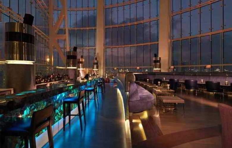 Hilton Capital Grand Abu Dhabi - Hotel - 14