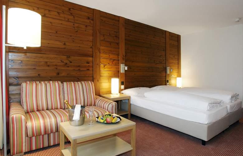 Ramada Hotel Regina Titlis - Room - 0