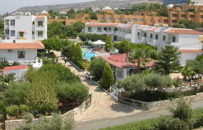 Nikolas Villas - Hotel - 0