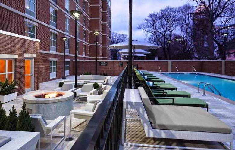 Hilton Garden Inn Atlanta Midtown - Pool - 2