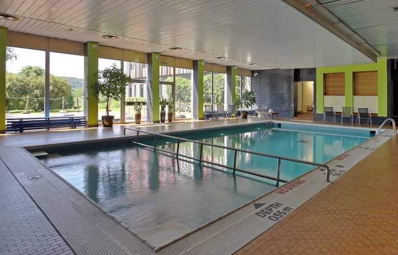 Novotel Krakow City West - Pool - 3