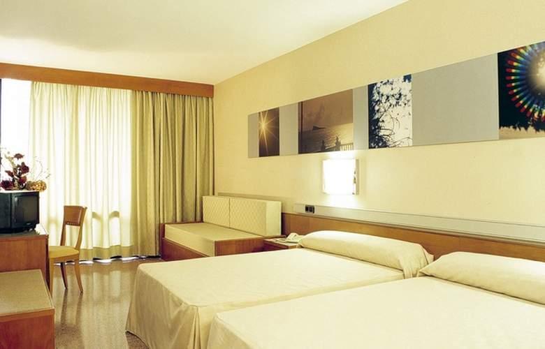 Gran Hotel Bali - Room - 13