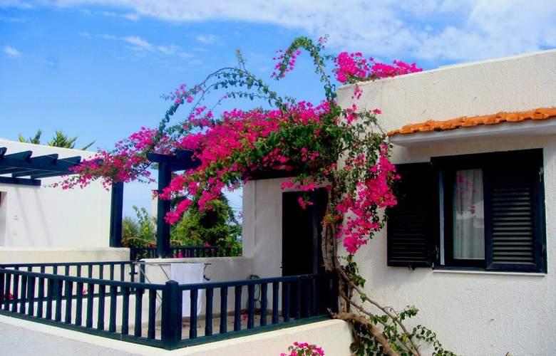 Anna Maria Village - Hotel - 0