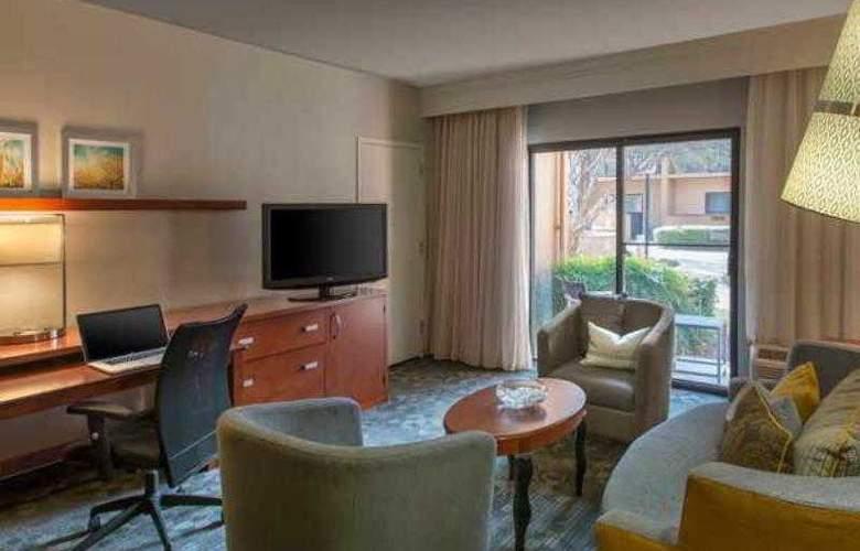 Courtyard Dallas Addison/Midway - Hotel - 51
