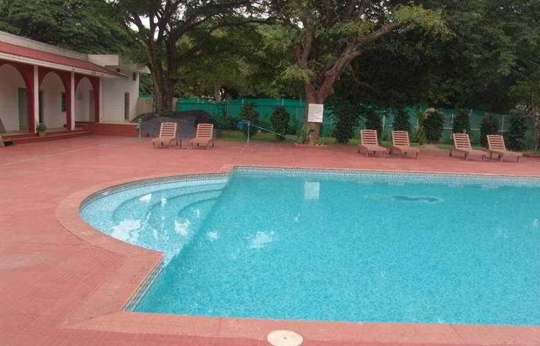 Jaya Mahal Palace - Pool - 1