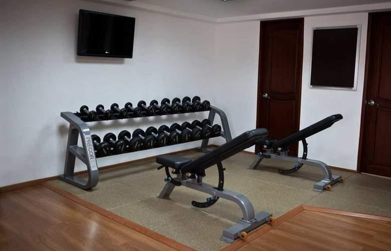 Embassy Suites Valencia - Sport - 5