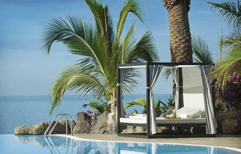 Roca Nivaria Gran Hotel - Pool - 11