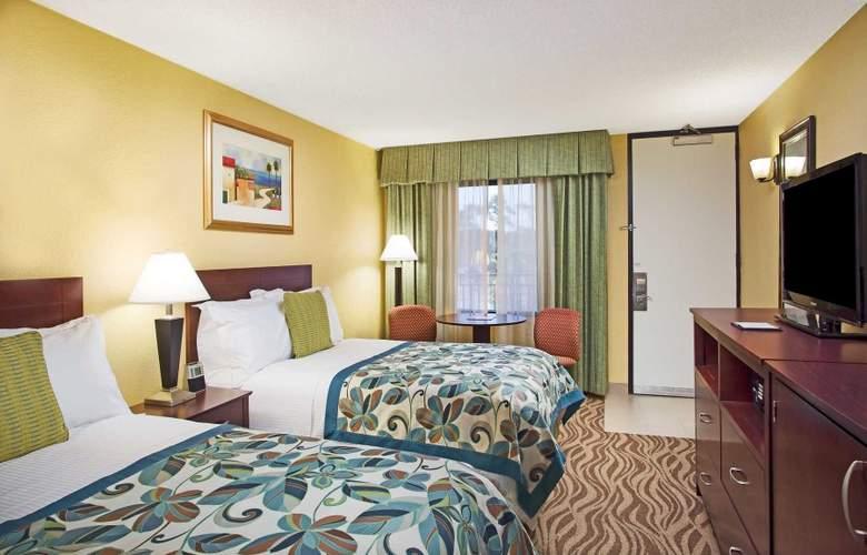 Wyndham Garden Lake Buena Vista Disney Springs Resort Area - Room - 10