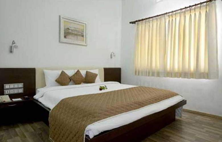 Seasons Aundh - Room - 2