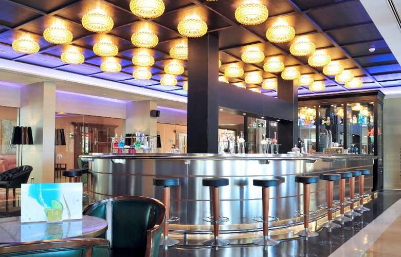 Hipotels Barrosa Palace & SPA - Bar - 17