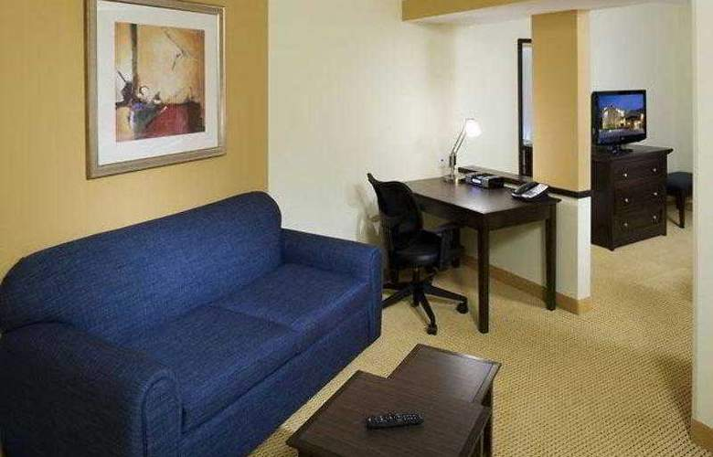 Fairfield Inn & Suites Houston Intercontinental - Hotel - 4