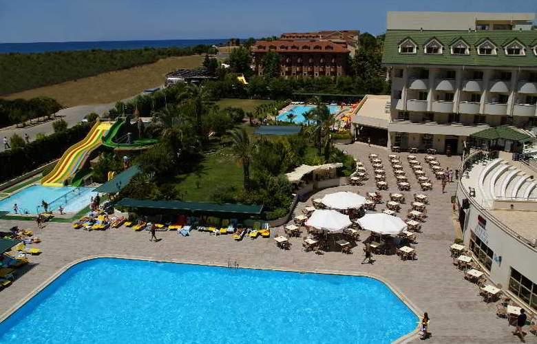 SIDE BREEZE HOTEL - Hotel - 9