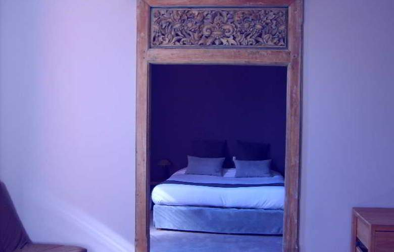 Disini - Room - 5