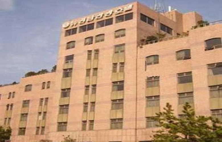 Kyung Nam Tourist - Hotel - 0