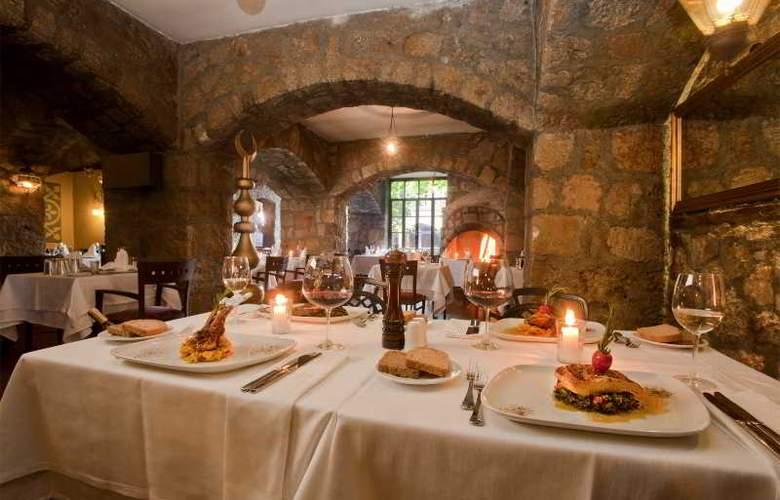 Alp Pasa Hotel - Restaurant - 54