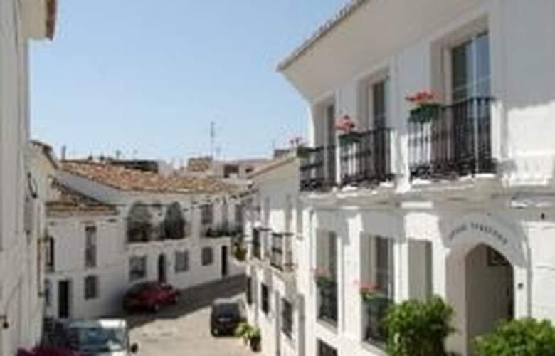 Apartamentos La Fonda - Hotel - 0