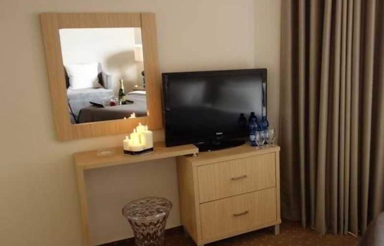 Acco Beach Hotel - Room - 1