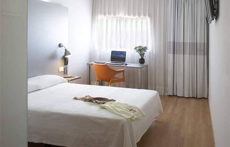 B&B Barcelona-Mollet - Room - 7