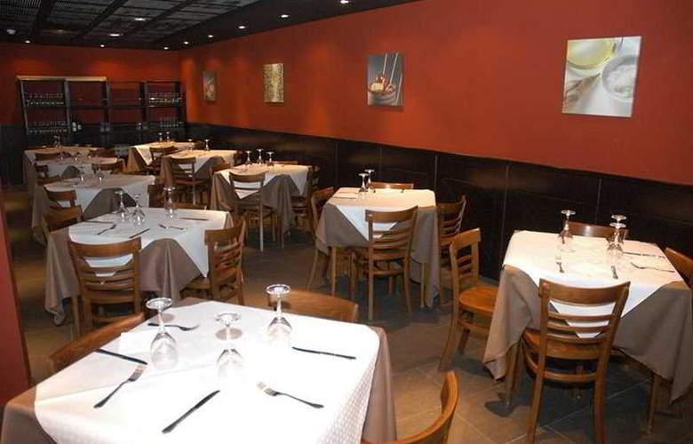 Esmeralda Beach - Restaurant - 4