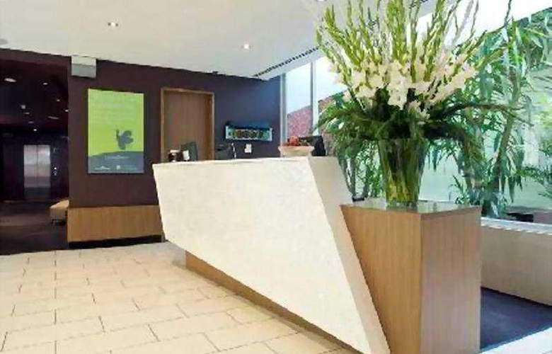 Urban St Kilda - Hotel - 0