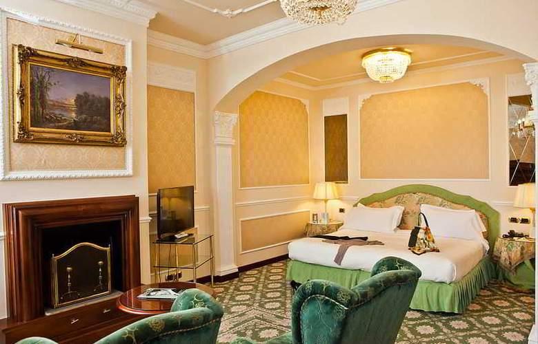 Bernini Palace - Room - 16