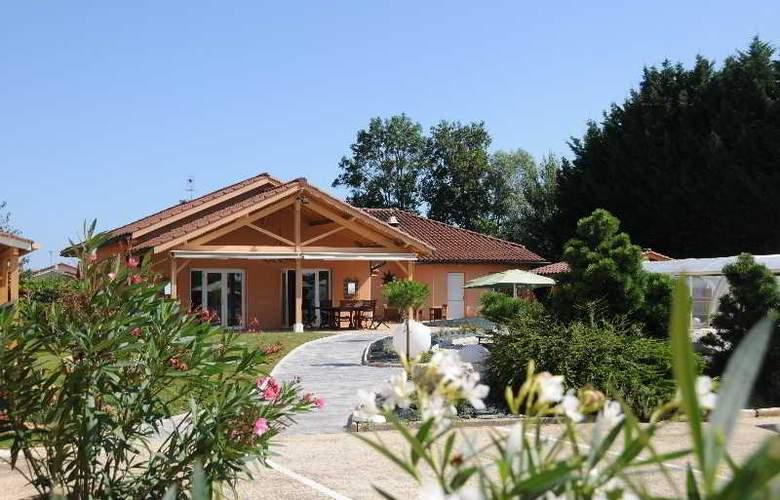 Inter-Hotel Le Pillebois - Hotel - 0